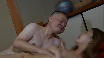 Con Dâu Trẻ Trung - Youthful Daughter In Law